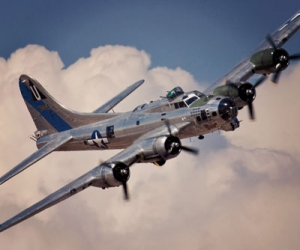 "B-17 ""Sentimental Journey"""